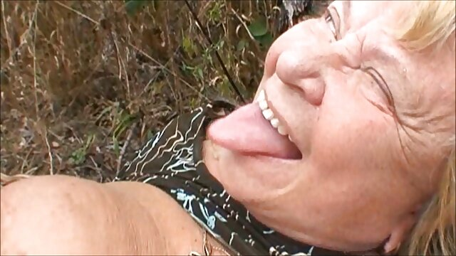 Preciosa rubia y ver videos hentai sub español su cuerpo blanco